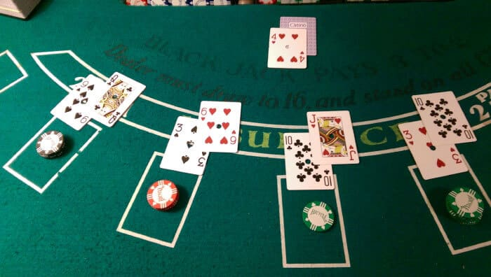 How To Win At Blackjack – Cheat The House Now!